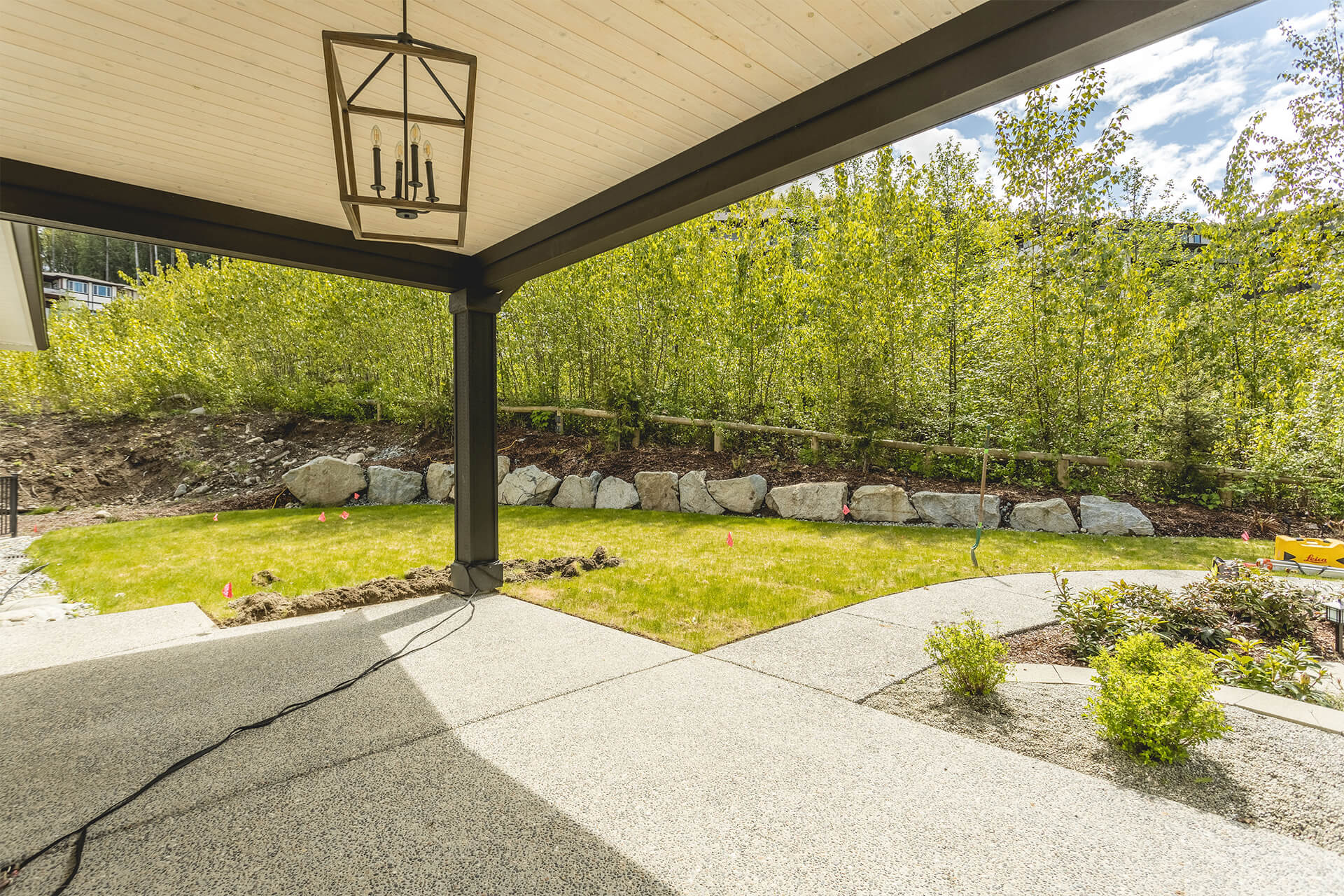 maple ridge pool and outdoor living - huckleberry